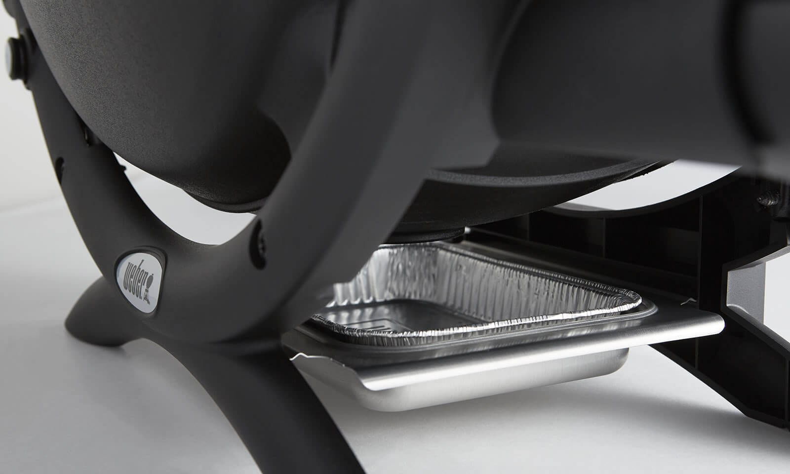 Removable catch pan